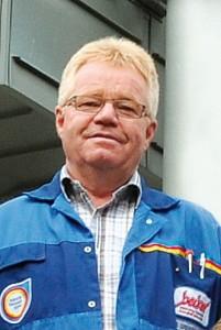 Mitarbeiter von SW Becker in Büren geht in Rente